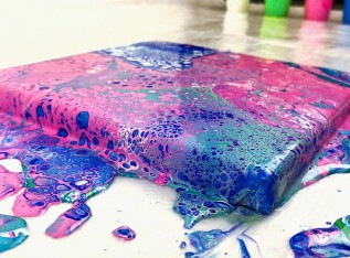Saturday Crafternoon - Pour Painting