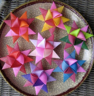 Wednesday workshop: Origami Star Ornaments