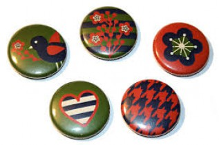 Make Your Own Pins and Buttons for Teens